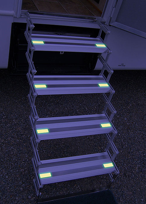 SELF ILLUMINATING STEPS - NO BATTERIES